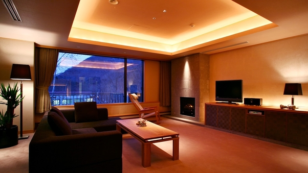 【禁煙】スイート110平米/二面窓のリビングと大理石の内風呂