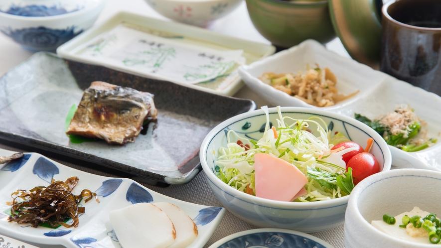 *【朝食一例】天草の恵みたっぷり!和朝食を召し上がれ♪