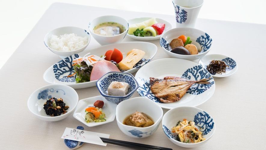 *【朝食一例】地元の素材をを使い、カロリー・塩分も計算して作られたこだわりの朝食。