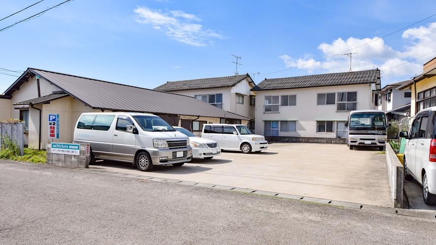 *【施設一例:駐車場】こちらは第2駐車場です。