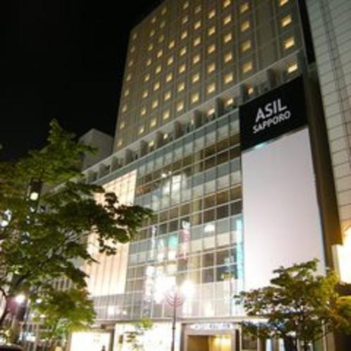 ☆札幌すすきの外観(夜)