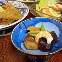 *夕食一例/質・量ともにご満足いただけますよう考えられた和食膳です。