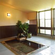 *大浴場一例/入浴時間は6時〜22時。森林浴効果のあるお風呂でリフレッシュ!