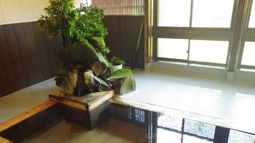 *大浴場一例/青森ひばの爽やかな香りが心をほぐしてくれます。