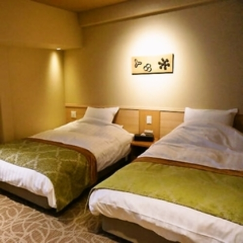【山側・和洋室ツインベッド室】