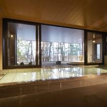 大浴場からは三陸(大槌湾)の景色が一望できます