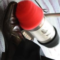 コルビー社の電気靴磨き機
