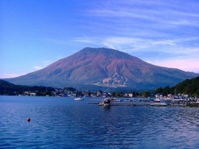 野尻湖と妙高山