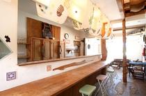 海の家&Bar冷たいビールもご用意しております。