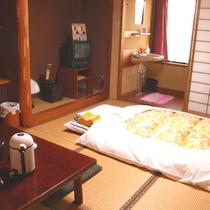 *畳のお部屋で足を伸ばしてのんびり!和室のお部屋。