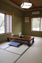 別館:バリアフリー個室(ウォシュレットトイレ・洗面台・エアコン・テレビ・Wifi完備)