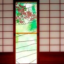 【ステンドグラス】花をモチーフにしたステンドグラス