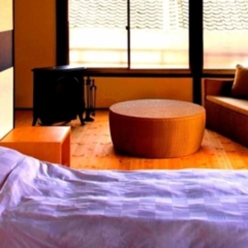 六番(月)デザイナーこだわりのリビングスペースでゆっくりお寛ぎください。