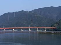 大島半島と青戸大橋