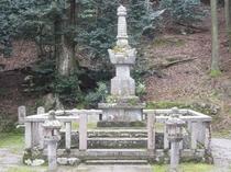 常高院(お初)のお墓