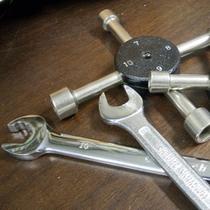 ちょっとした工具はご用意しております。