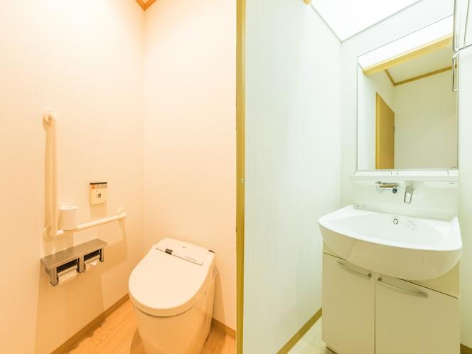 和室1~4人部屋(バス無し・トイレ有) 洗面所