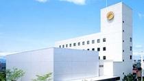 【ホテル外観】奥州市江刺唯一のホテルです。水沢江刺駅より車で10分