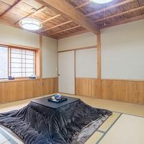 *【本館和室8畳】あたたかみのある空間で家族団欒のひとときをお楽しみください。