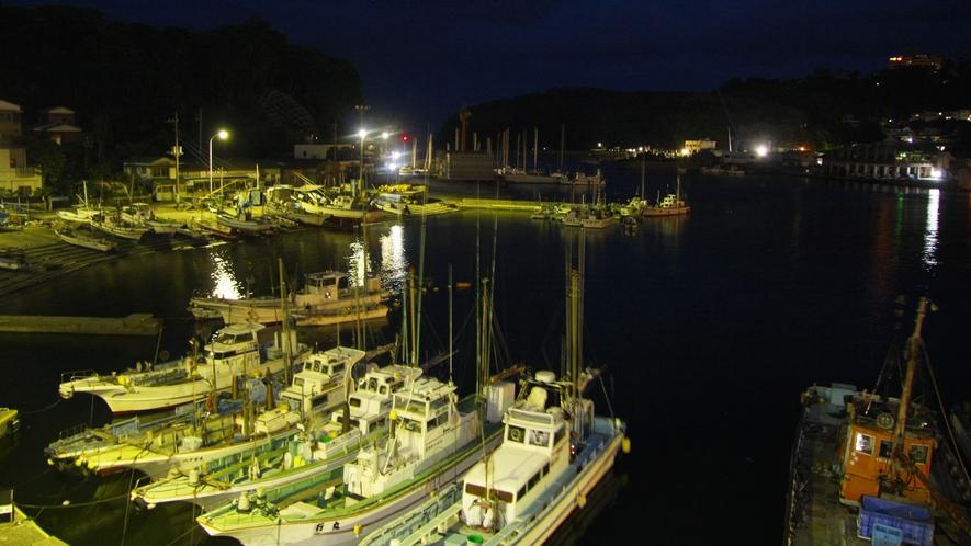 *窓からの景色 夜の港