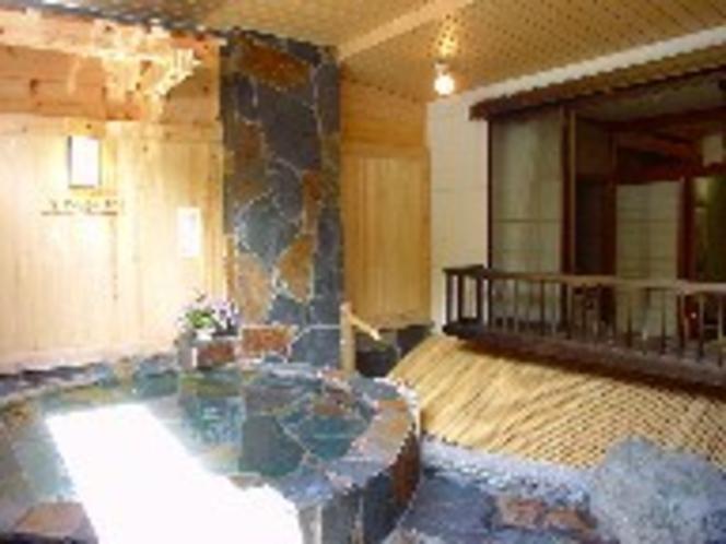 客室露天風呂(例)
