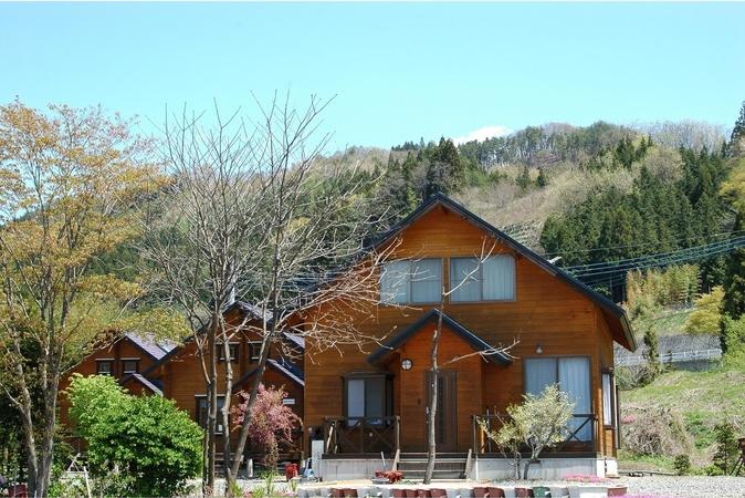 尾瀬東明荘 ログハウスコテージ