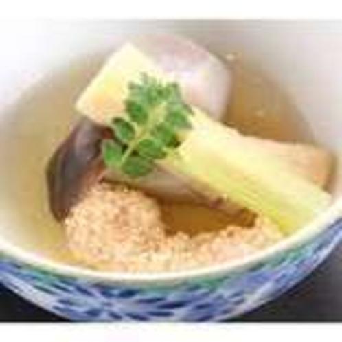 料理(炊き合わせ)