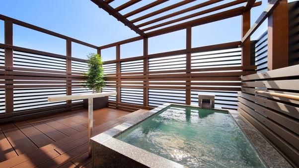 2F 露天風呂付客室(海側12畳) まごち