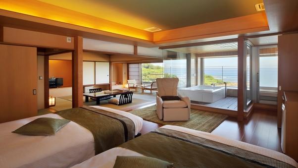 2F 展望風呂付客室(海側10畳+8畳) 【和洋室】