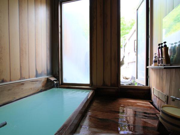 貸し切り風呂:内湯