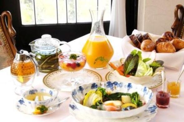 【平日限定】 人気のオリジナル朝食付ステイプラン!貸切風呂無料&アウト12時