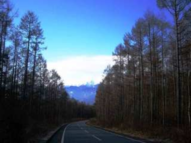 秋の朝・高森取りつけ道