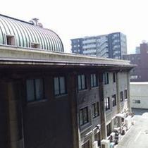 低層階禁煙ツインルームからの眺望(築地本願寺側)