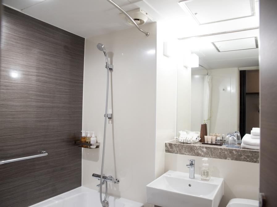 【女性優先フロア和洋室】洗面はピカピカですが浴室はリフォームされておりません(__)ご了承ください