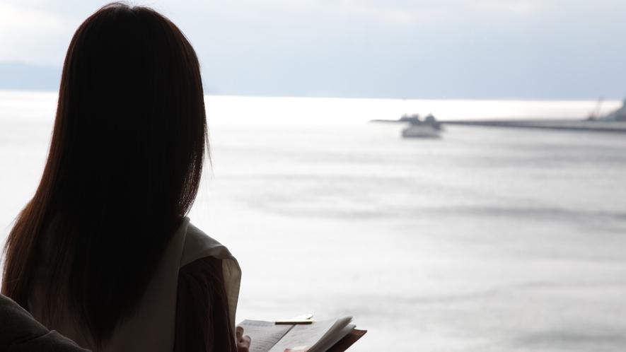 私だけの時間 目の前の錦江湾を眺めながら いつのまに、日頃の疲れが~
