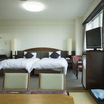 【スタンダードフロア】和洋室 ★ 魚見岳&知林ヶ島側。広さ33平米。洋室ツインルーム+和室4.5畳。