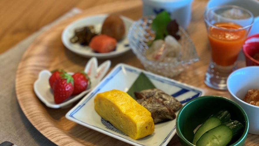 こだわり朝ごはん 食べる人の「心(満足)と体(健康)」を満たして、健やかで美しい一日の始まりにふさわ