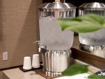 【温泉】脱衣所の飲料水 冷たいお水ご用意してございます。