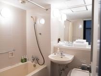 【ハイフロア】和洋室 ★ リフォームしたばかりのトイレ!洗面所はピカピカです♪