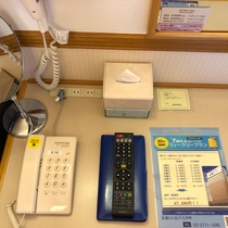 客室 デスク備品