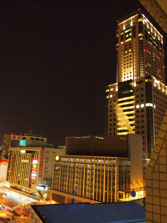 JRタワー、ビックカメラなどもすぐ側!