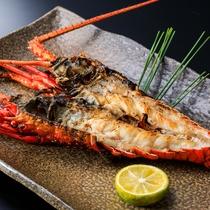 お料理一例(伊勢海老の鬼殻焼き)