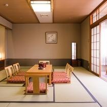 【和室15畳+広縁】大人8名での利用が可能な広々とした和室のご用意がございます。