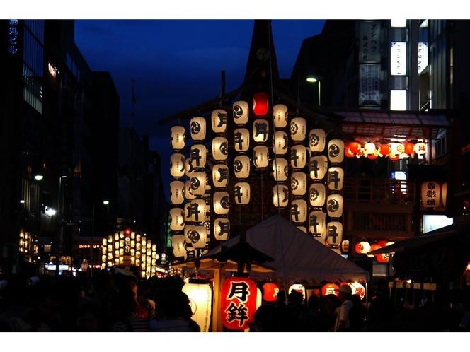 【祇園祭】京都市東山区の八坂神社の祭礼で京都の夏の風物詩です。