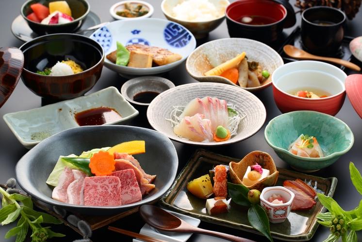 【大地の恵・和会席】メインは黒毛和牛と地鶏の陶板焼き☆/夕食一例