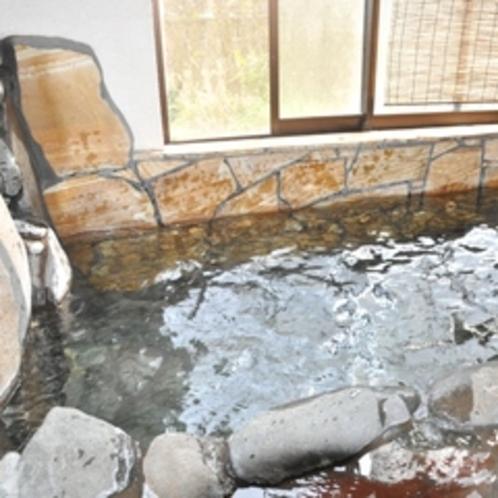 【貸切風呂】 かけ流しの新鮮なお湯を独り占め♪