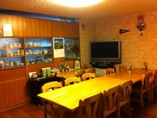 食堂・・・・朝食や夕食は、毎日健康に。手作り&日替わりです。