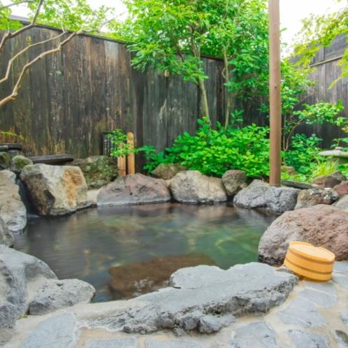 岩風呂の部屋