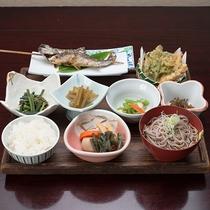 *【夕食(別荘用)】ここでしか味わえない、自然の食材が存分に満喫してください!