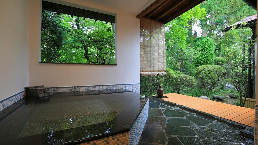 温泉露天付特別室23番の露天風呂